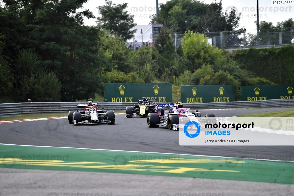 Lance Stroll, Racing Point RP19, leads Antonio Giovinazzi, Alfa Romeo Racing C38, and Daniel Ricciardo, Renault R.S.19