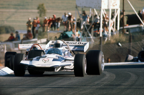 Kyalami, South Africa.4-6 March 1971.Brian Redman, Surtees TS7-Ford, 7th position, action.World Copyright: LAT Photographic.Ref:  71SA33.