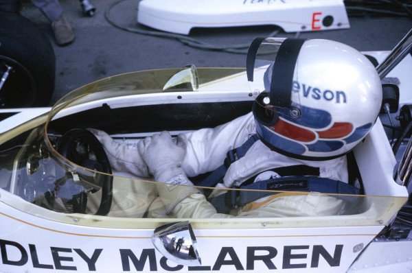 1973 International Trophy.Silverstone, Great Britain.Peter Revson (McLaren M23-Ford).World Copyright: LAT Photographicref: 35mm Transparency Image