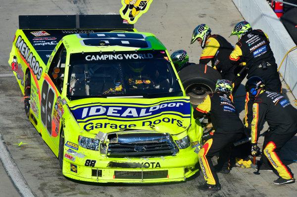 October 25-26, 2013, Martinsville, Virginia USA Matt Crafton team repairs damage © 2013, Brian Czobat LAT Photo USA