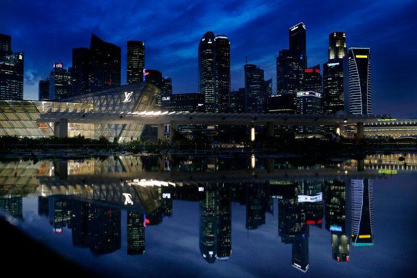 Marina Bay Circuit, Singapore. 18th September 2013. The cityscape of Singapore. World Copyright: Steven Tee/LAT Photographic. ref: Digital Image _L0U0397