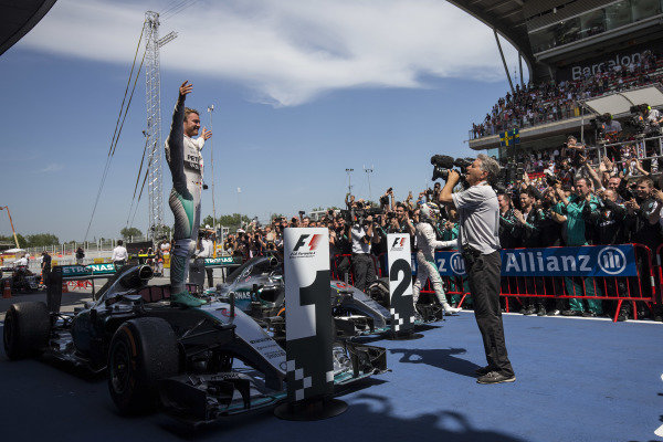 Circuit de Catalunya, Barcelona, Spain. Sunday 10 May 2015. Nico Rosberg, Mercedes AMG, 1st Position, celebrates in Parc Ferme. World Copyright: Andy Hone/LAT Photographic. ref: Digital Image _ONY7356