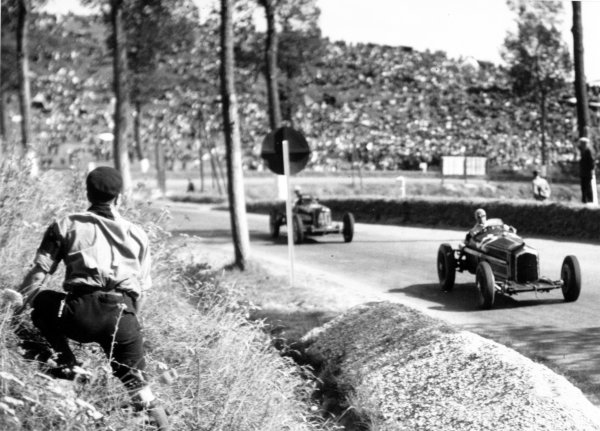 """1935 Dieppe Grand Prix Dieppe, France. 21 July 1935 Louis Chiron, Alfa Romeo Tipo-B """"P3"""", 2nd position, leads Giuseppe Farina, Maserati 6C-34, 5th position, action World Copyright: Robert Fellowes/LAT PhotographicRef: 35DIE02"""