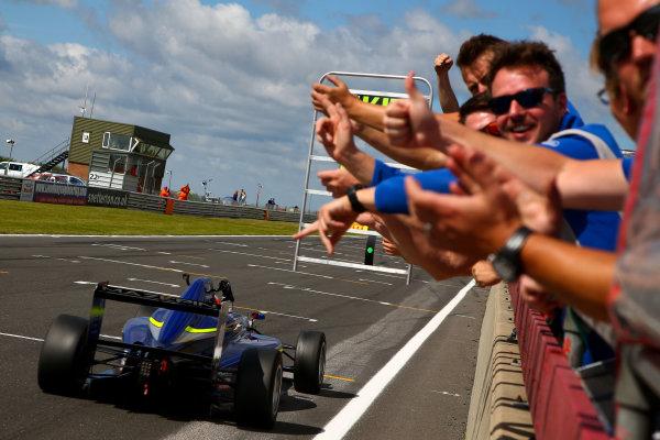 2016 BRDC F3 Championship, Snetterton, Norfolk. 6th - 7th August 2016. Nikita Mazepin (RUS) Carlin BRDC F3. World Copyright: Ebrey / LAT Photographic.