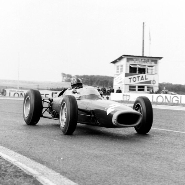 1963 French Grand Prix.Reims, France.28-30 May 1963.Graham Hill (BRM P61) 3rd position.Ref-20144.World Copyright - LAT Photographic