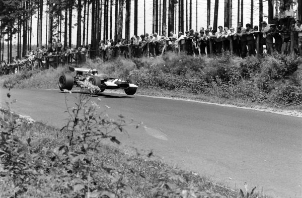 Jo Siffert, Lotus 49B Ford.