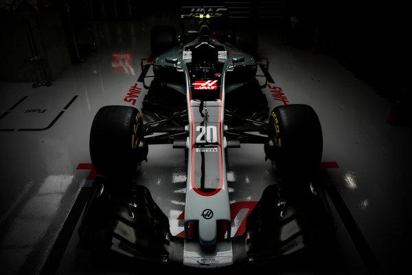 Suzuka Circuit, Japan. Thursday 5 October 2017. The Haas VF-17 Ferrari of Kevin Mgnussen. World Copyright: Andrew Hone/LAT Images  ref: Digital Image _ONY6660