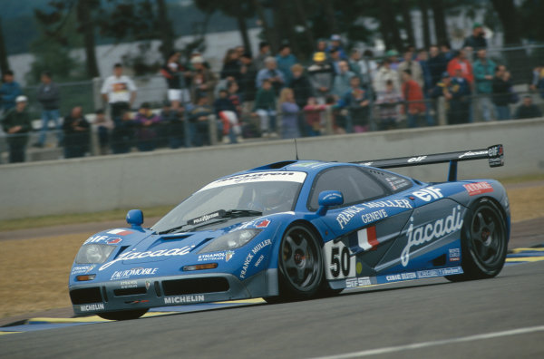 1995 Le Mans 24 hours. Le Mans, France. 17th - 18th June 1995. Jean-Denis Deletraz / Fabien Giroix / Olivier Grouillard (McLaren F1 GTR), 5th position, action.  World Copyright: LAT Photographic.