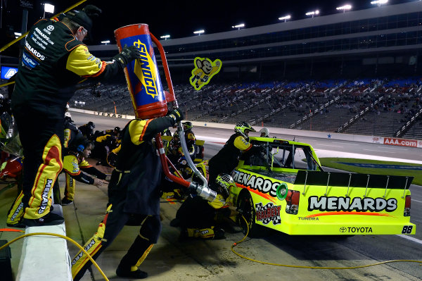 October 31-November 01, 2013, Fort Worth, Texas USA Matt Crafton pitstop © 2013, Brian Czobat LAT Photo USA