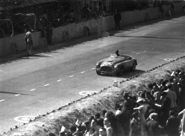1949 Le Mans 24 Hours.