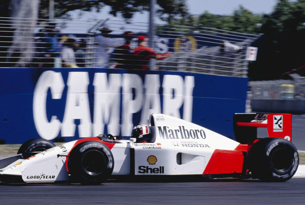 1992 Australian Grand Prix.Adelaide, Australia. 6-8 November 1992.Gerhard Berger (McLaren MP4/7A Honda) 1st position.Ref-92 AUS 35.World Copyright - LAT Photographic