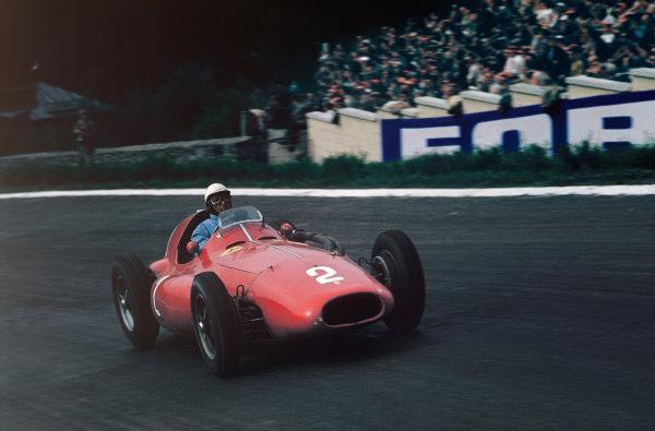 Spa-Francorchamps, Belgium. 3-5 June 1955. Giuseppe Farina, Ferrari 555 Supersqualo, 3rd position. Ref: 55BEL01. World copyright - LAT Photographic