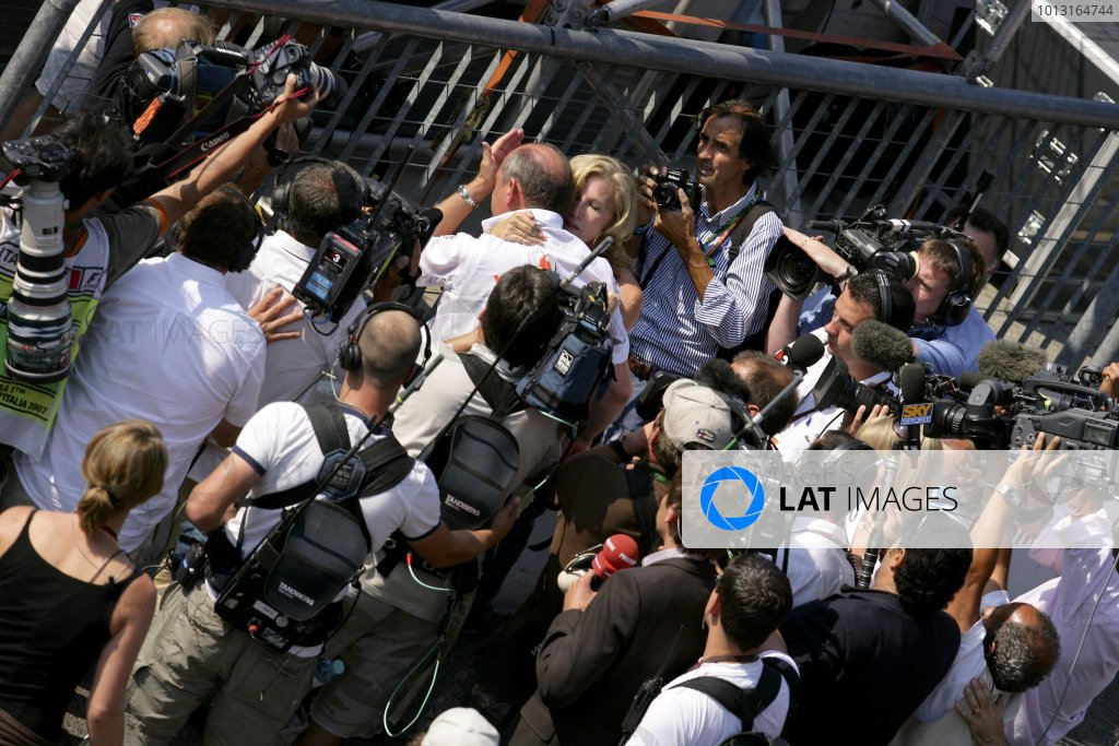 2007 Italian Grand PrixAutodromo di Monza, Monza, Italy.7th - 9th September 2007.Ron Dennis, Team Principal, McLaren Mercedes is supported by wife Lisa as he struggles to contain his emotions on the way to the podium to celebrate his team's 1-2 finish. Portrait.World Copyright: Lorenzo Bellanca/LAT Photographicref: Digital Image ZD2J8713
