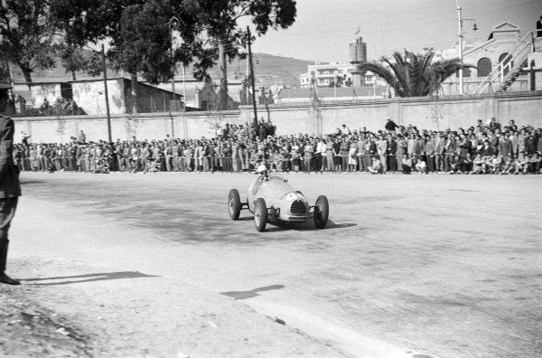 Robert Manzon, Simca-Gordini T15.