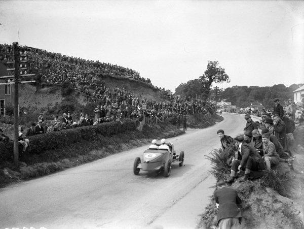 Tim Rose-Richards, Talbot AV105.
