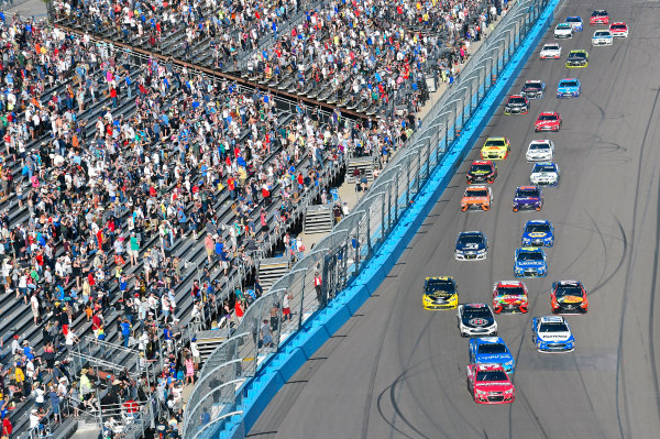 2017 Monster Energy NASCAR Cup Series Camping World 500 Phoenix International Raceway, Avondale, AZ USA Sunday 19 March 2017 Ryan Newman World Copyright: Nigel Kinrade/LAT Images ref: Digital Image 17PHX1nk07726