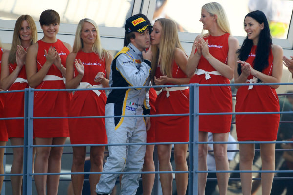 Race two winner Davide Valsecchi (ITA) DAMS on the podium. GP2 Series, Rd11, Monza, Italy, 7-9 September 2012.
