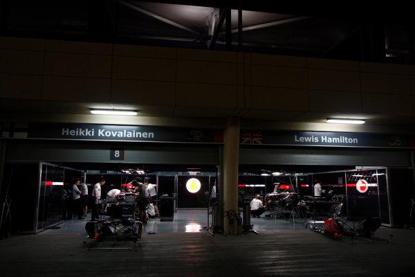 Bahrain International Circuit, Sakhir, Bahrain24th April 2009The McLaren garage by night. Garages. Atmosphere. World Copyright: Andrew Ferraro/LAT Photographicref: Digital Image _H0Y8770