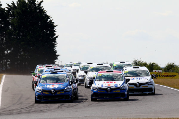 2014 Renault Clio Cup, Snetterton, Norfolk. 1st - 3rd August 2014. Start of Race 2 Josh Cook (GBR) SV Racing Renault Clio Cup leads. World Copyright: Ebrey / LAT Photographic.