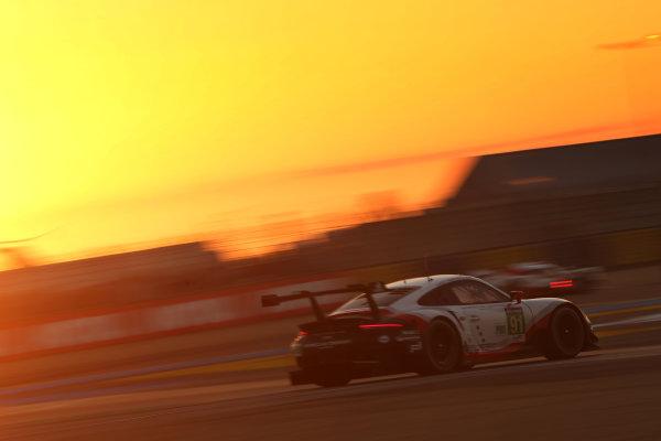 2017 Le Mans 24 Hours Circuit de la Sarthe, Le Mans, France. Thursday 15 June 2017 #91 Porsche GT Team Porsche 911 RSR: Richard Lietz, Frederic Makowiecki, Patrick Pilet  World Copyright: JEP/LAT Images
