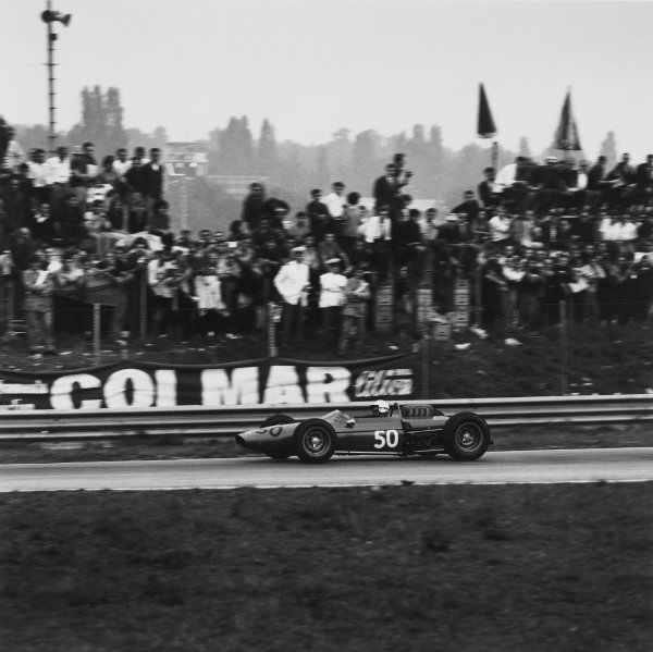 Monza, Italy. 6th September 1964. Rd 8.Mario Araujo de Cabral (Derrington-Francis-ATS), retired, action. World Copyright: LAT Photographic.Ref: 26568.