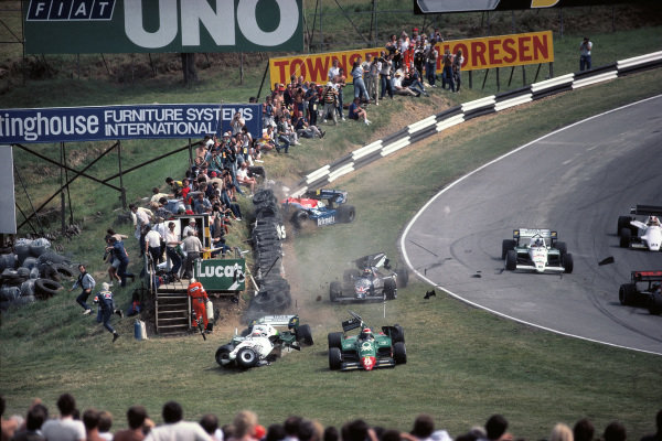 Crash at Graham Hill bend with Philippe Alliot, RAM 02 Hart, Eddie Cheever, Alfa Romeo 184T, and Stefan Johansson, Tyrrell 012 Ford, going off as Jo Gartner, Osella FA1F Alfa Romeo, hits the tyre barrier.