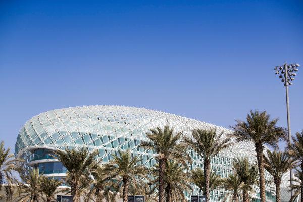 2017 FIA Formula 2 Round 11. Yas Marina Circuit, Abu Dhabi, United Arab Emirates. Thursday 23 November 2017. Yas Viceroy Abu Dhabi Hotel Photo: Sam Bloxham/FIA Formula 2. ref: Digital Image _J6I0924