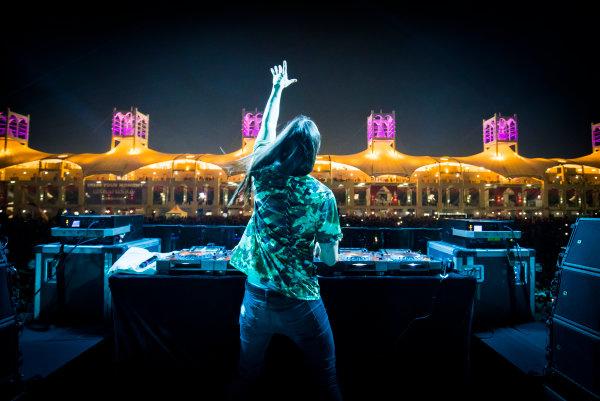 Bahrain International Circuit, Sakhir, Bahrain.  Saturday 15 April 2017. DJ Steve Aoki performs at the F1 concert. World Copyright: Sam Bloxham/LAT Images ref: Digital Image _W6I2039_1