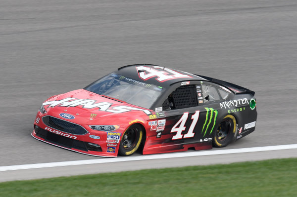 Monster Energy NASCAR Cup Series Hollywood Casino 400 Kansas Speedway, Kansas City, KS USA Friday 20 October 2017 Kurt Busch, Stewart-Haas Racing, Haas Automation/Monster Energy Ford Fusion World Copyright: John K Harrelson LAT Images