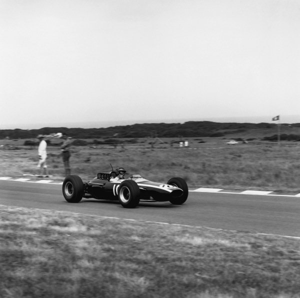 East London, South Africa.30/12/64-1/1/1965.Jochen Rindt (Cooper T73-Climax), retired, action.World Copyright: LAT Photographic.Ref:  27984.