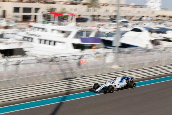 Yas Marina Circuit, Abu Dhabi, United Arab Emirates. Wednesday 29 November 2017. Sergey Sirotkin, Williams FW40 Mercedes.  World Copyright: Joe Portlock/LAT Images  ref: Digital Image _L5R9693