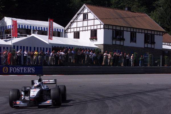 2000 Belgian Grand Prix.Spa-Francorchamps, Belgium. 25-27 August 2000.David Coulthard (McLaren MP4/15 Mercedes) 4th position.World Copyright - LAT Photographicref: 5 7mb DIGITAL