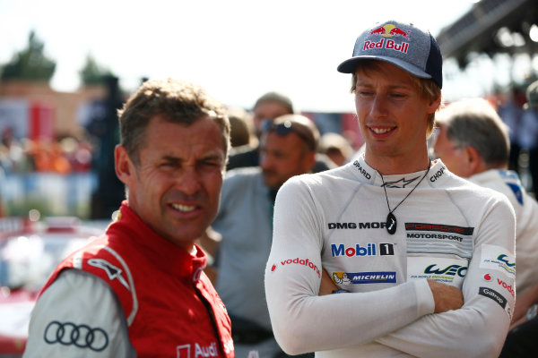 Red Bull Ring, Spielberg, Austria. Saturday 08 July 2017. Tom Kristensen and Brendon Hartley at the Legends Parade. World Copyright: Andy Hone/LAT Images ref: Digital Image _ONY1600