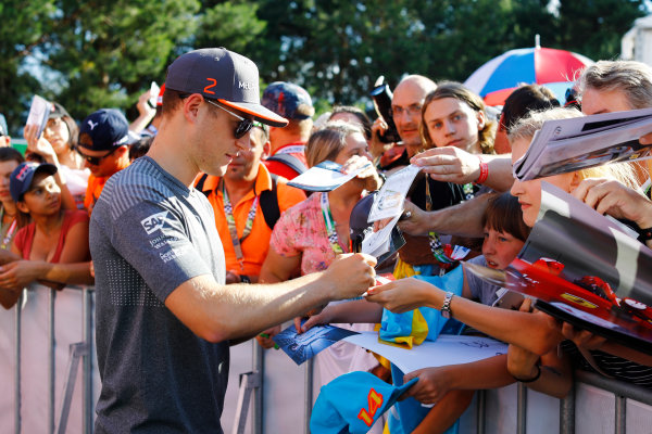 Red Bull Ring, Spielberg, Austria. Thursday 06 July 2017. Stoffel Vandoorne, McLaren, signs autographs for fans. World Copyright: Steven Tee/LAT Images ref: Digital Image _O3I4528