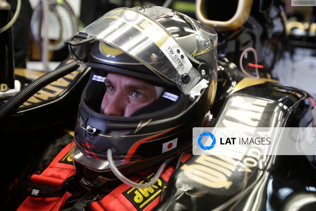 Albert Park, Melbourne, Australia 25th March 2011. Nick Heidfeld, Lotus Renault GP R31. Portrait. Helmets.  World Copyright: Andrew Ferraro/LAT Photographic ref: Digital Image AF5D8930