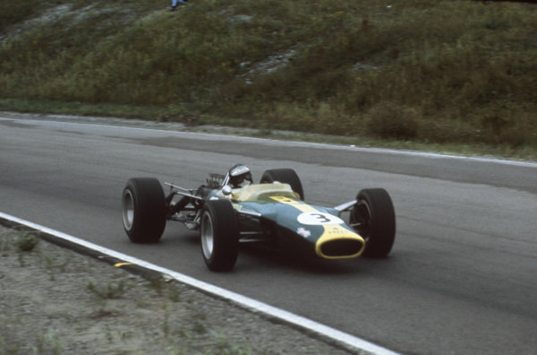 Mosport Park, Ontario, Canada.  25-27 August 1967.  Jim Clark (Lotus 49 Ford), retired, action.  World Copyright: LAT Photographic. Ref:  67CAN01