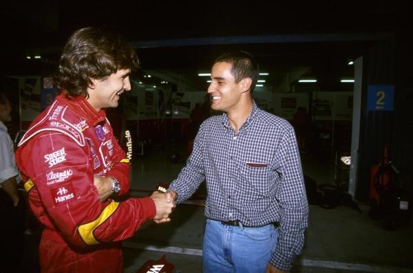 (L to R): Alex Zanardi (ITA) with Juan Pablo Montoya (COL).F1 Testing, Barcelona, 28-30 September 1998