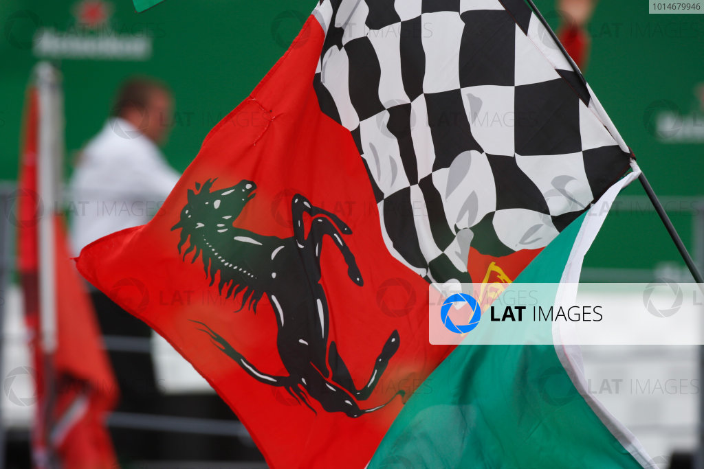 Autodromo Nazionale di Monza, Italy. Sunday 04 September 2016. Ferrari flag. World Copyright: Sam Bloxham/LAT Photographic ref: Digital Image _SLA8707