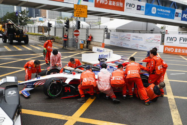 Car of Pascal Wehrlein (DEU), Mahindra Racing, M5 Electro rolled over a marshal whilst trying to remove it during the red flag