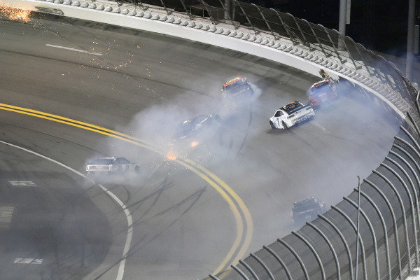 #7: Corey LaJoie, Spire Motorsports, Chevrolet Camaro Youtheory