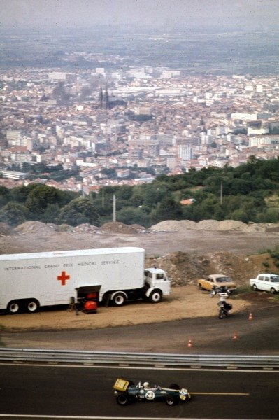 1970 French Grand Prix.Clermont-Ferrand, France.3-5 July 1970.Jack Brabham (Brabham BT33 Ford) 3rd position.Ref-70 FRA 30.World Copyright - LAT Photographic