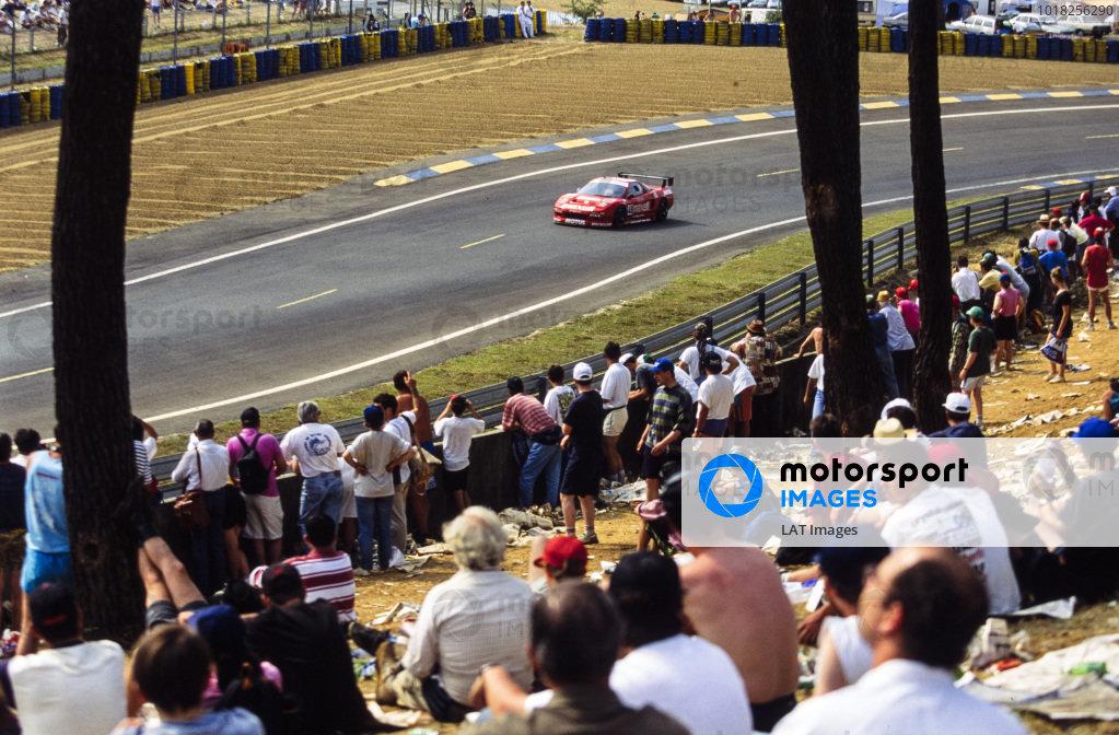 Armin Hahne / Christophe Bouchut / Bertrand Gachot, Kremer Honda Racing, Honda NSX.