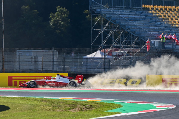 Logan Sargeant (USA, PREMA RACING) recovers from an off