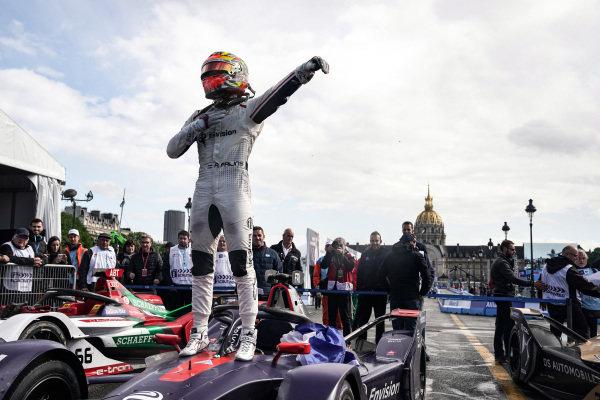 Robin Frijns (NLD), Envision Virgin Racing, Audi e-tron FE05, wins the race