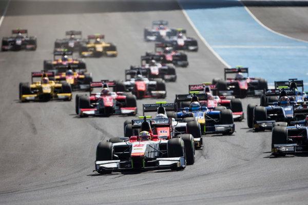 2017 FIA Formula 2 Round 10. Circuito de Jerez, Jerez, Spain. Sunday 8 October 2017. Alex Palou (JPN, Campos Racing) leads at the start. Photo: Andrew Ferraro/FIA Formula 2. ref: Digital Image _FER3262