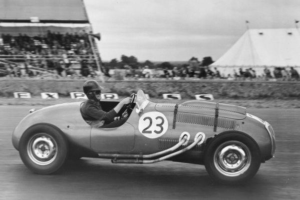 1952 British Grand Prix.Silverstone, Great Britain. 19 July 1952.Tony Crook (Frazer-Nash 421-BMW). Ref-C33000.World Copyright - LAT Photographic