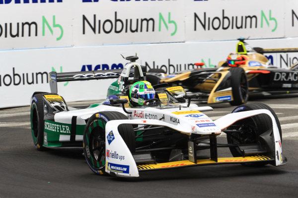 Lucas Di Grassi (BRA), Audi Sport ABT Schaeffler, Audi e-tron FE04, leads Jean-Eric Vergne (FRA), TECHEETAH, Renault Z.E. 17.