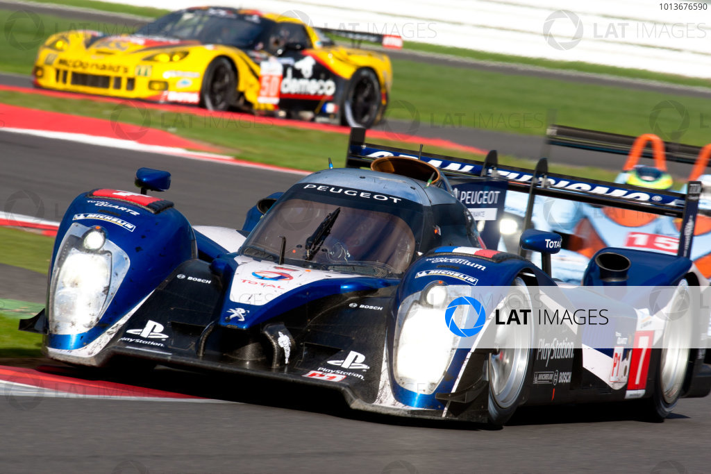 10th/11th&12th September 2011Silverstone, Northants.Pagenaud / Bourdais (#7 Peugeot Sport Total Peugeot 908, LMP1). Action.Image Copyright Malcolm Griffiths/LATDigital Image _H0Y3167 jpg