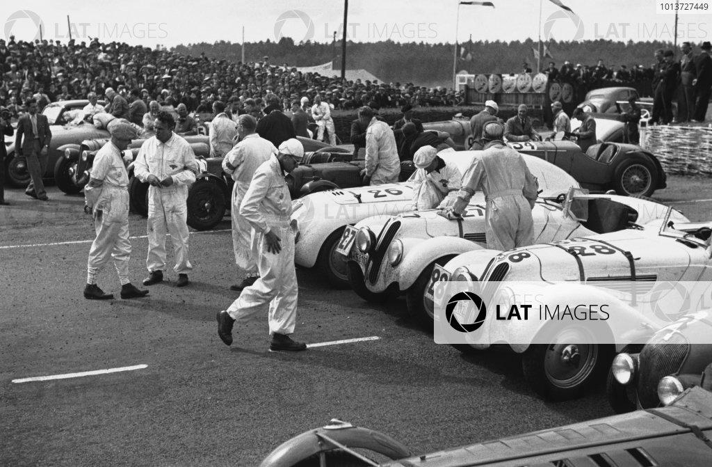 1939 Le Mans 24 Hours.