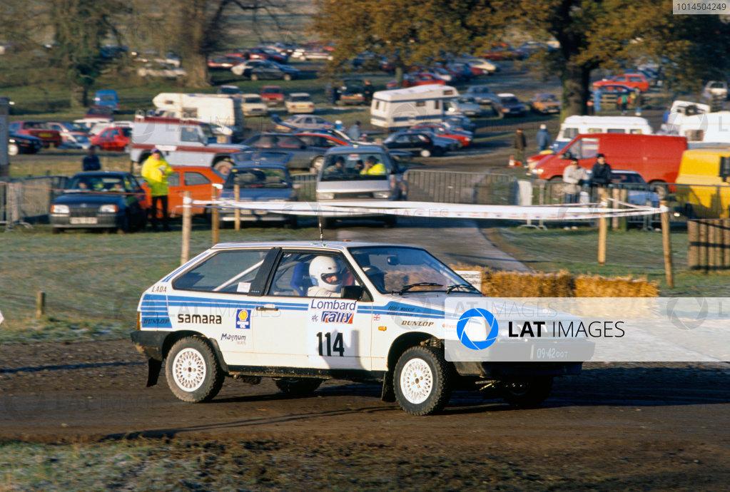 1988 World Rally Championship.  Lombard RAC Rally. Harrogate, Great Britain. 20th - 24th November 1988. Rd 13. Geoff Warkup / Michael Patterson (Lada Samara), action.  World Copyright: LAT Photographic.  Ref:  88RAC Rally 3.
